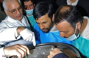 احمدینژاد و آقازاده بر سر دیگ هستهیی